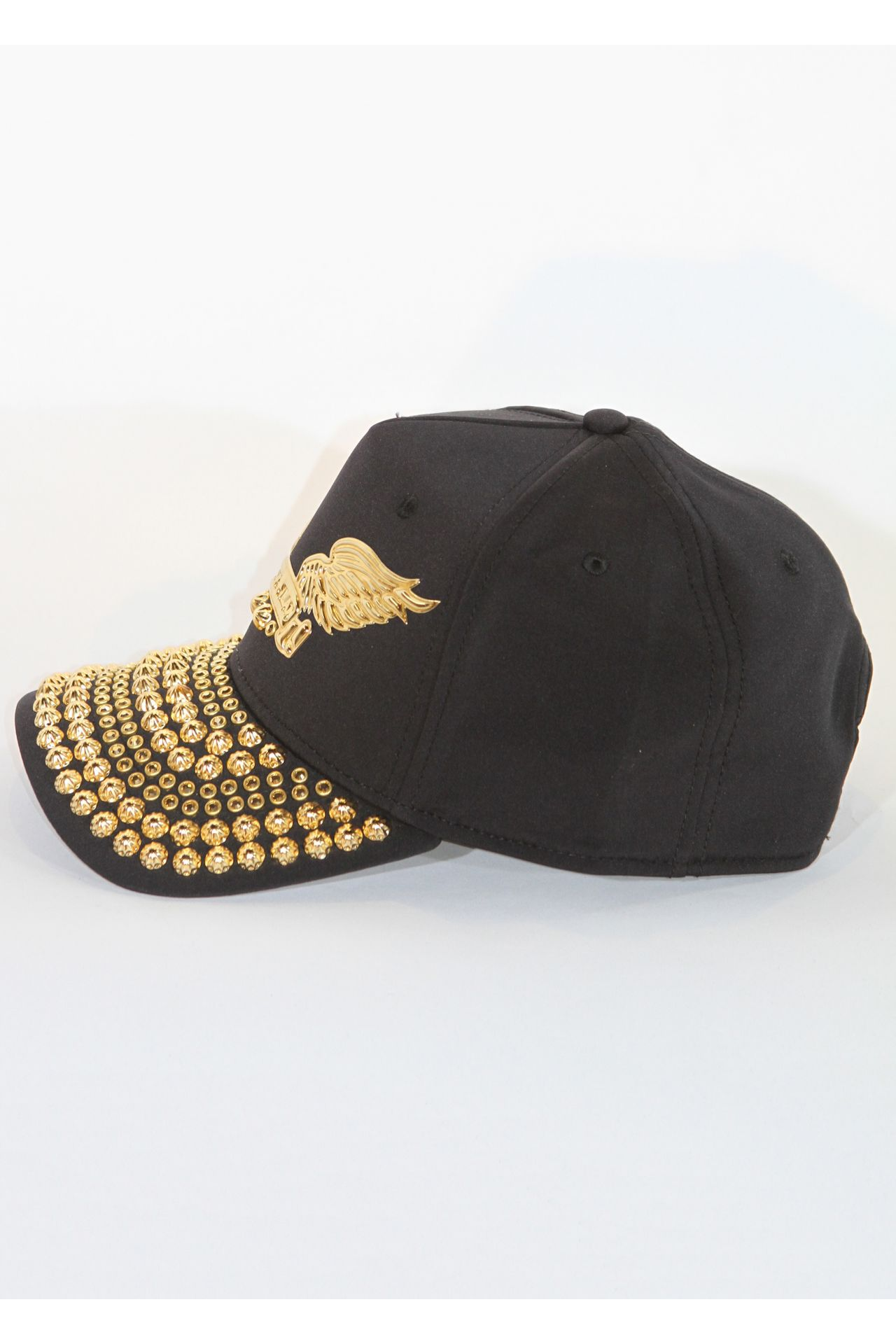 BLACK CAP WITH GOLD SW AND PARACHUTES