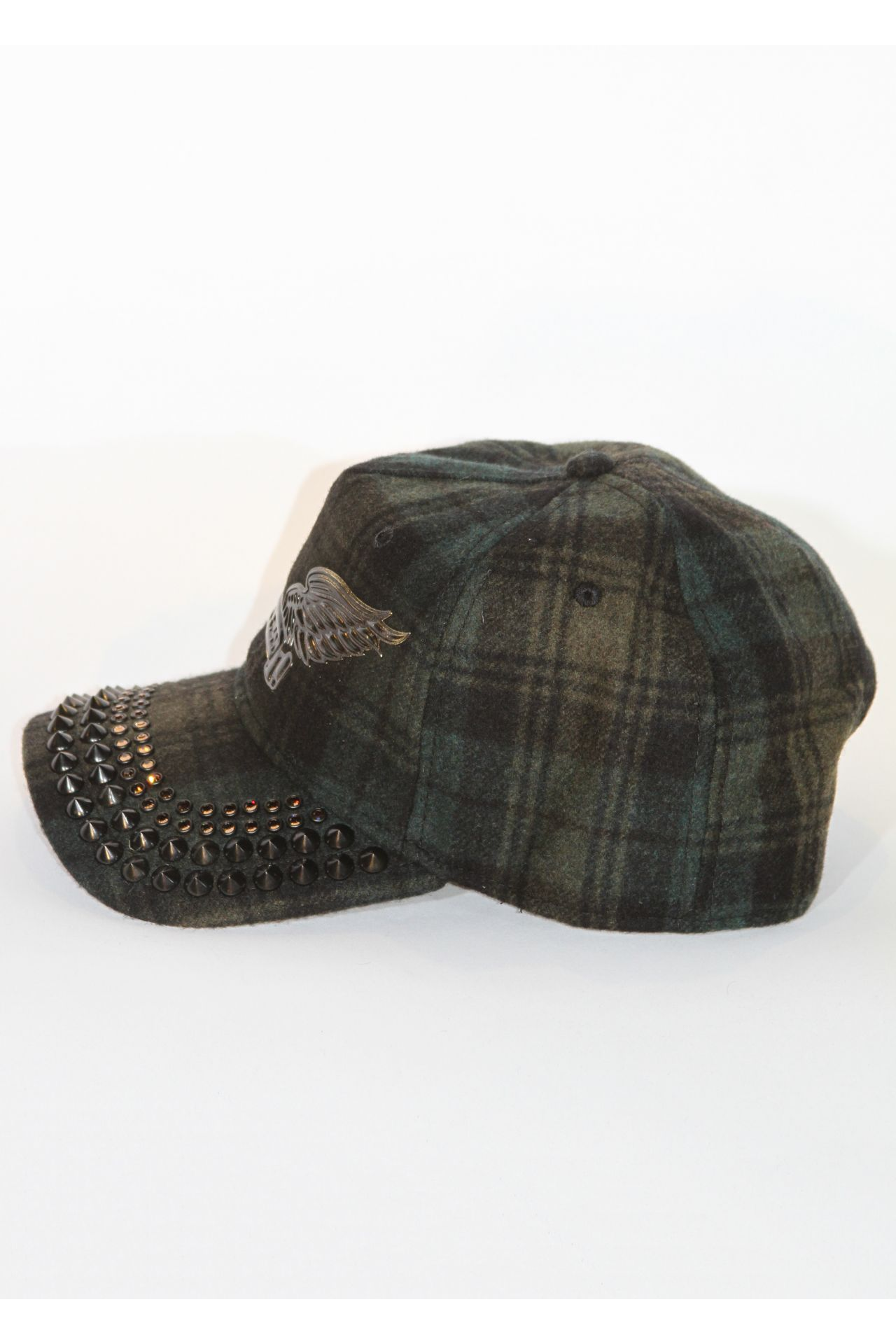 GREEN CAP WITH BLACK DIAMOND SW AND SPIKES