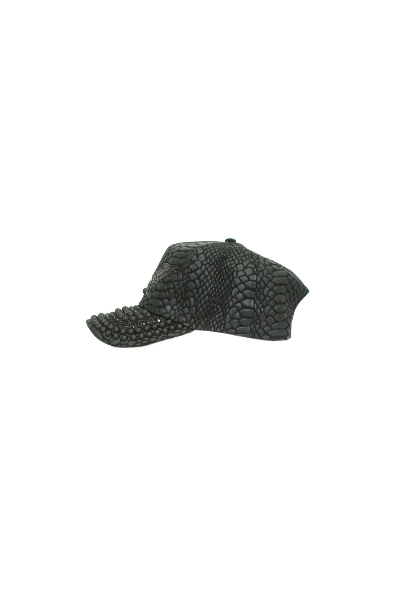 CRACKLE BLACK CAP STUDDED