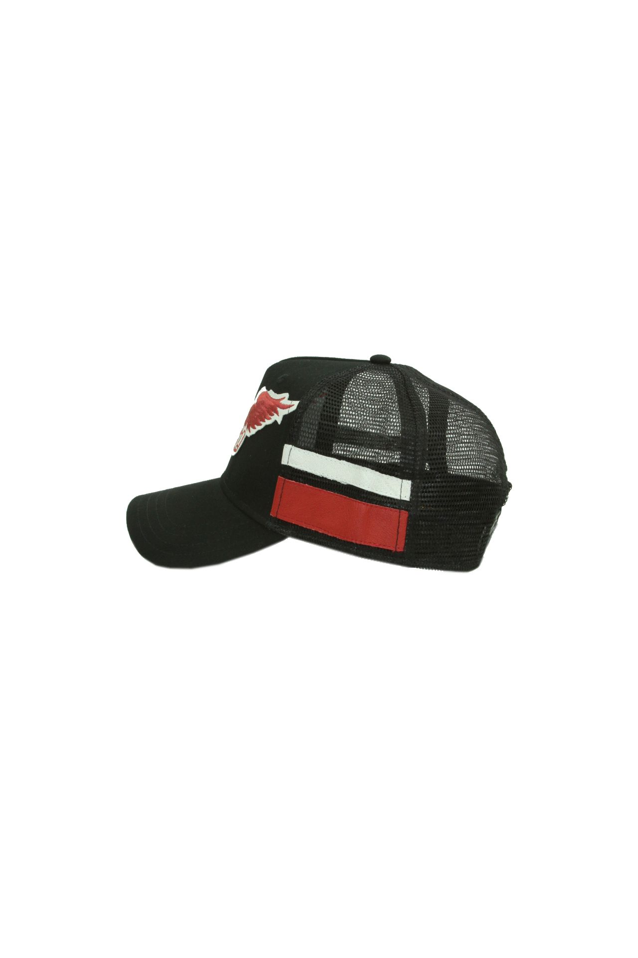 TWILL CAP BLACK WITH RED WINGS