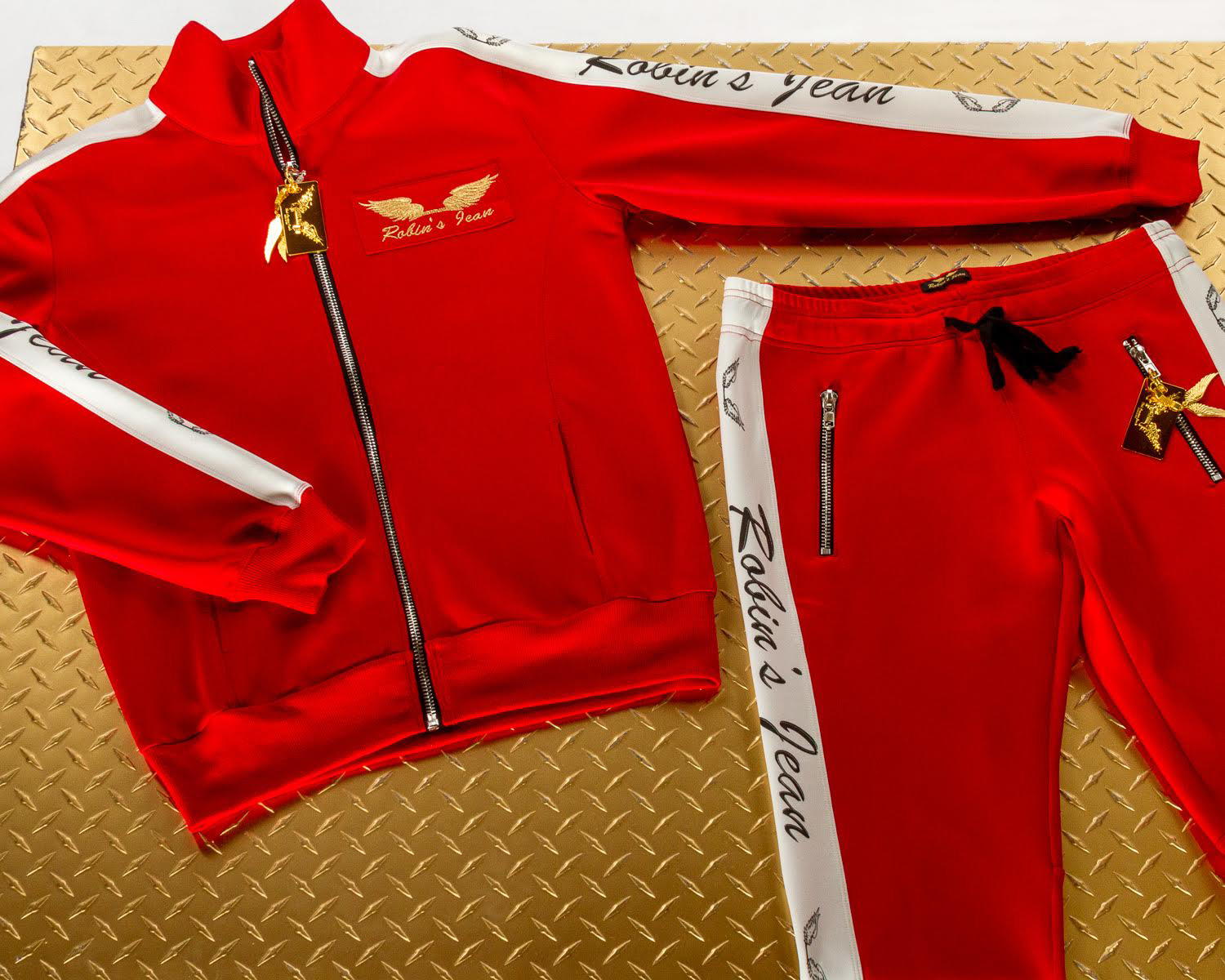 win-a-tracksuit